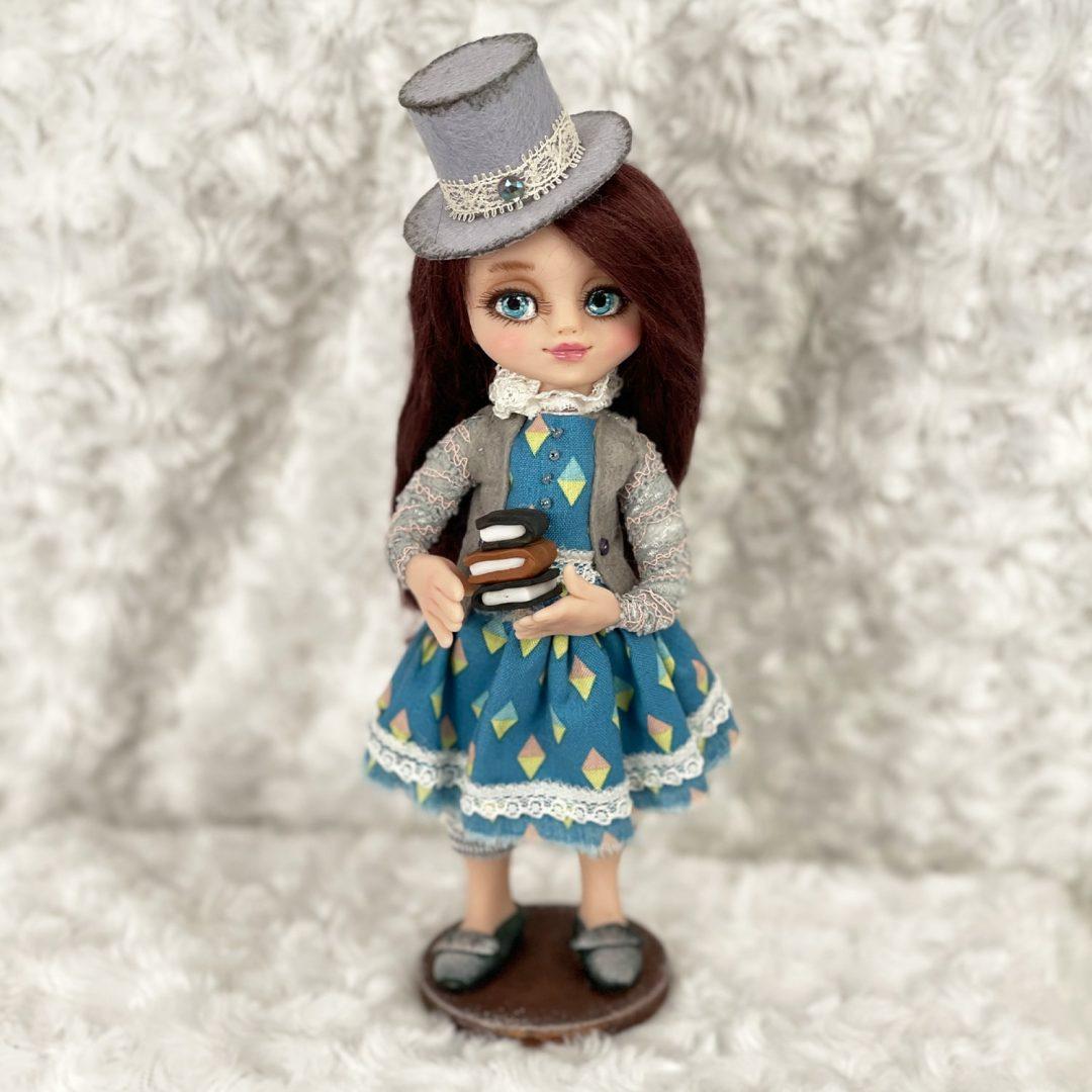 Alisa Artist Dolls By Anna-min