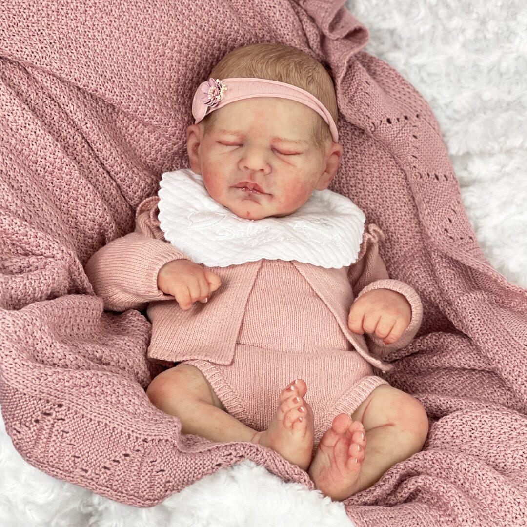 Valentina Full Bodied Silicone Baby-min (1)