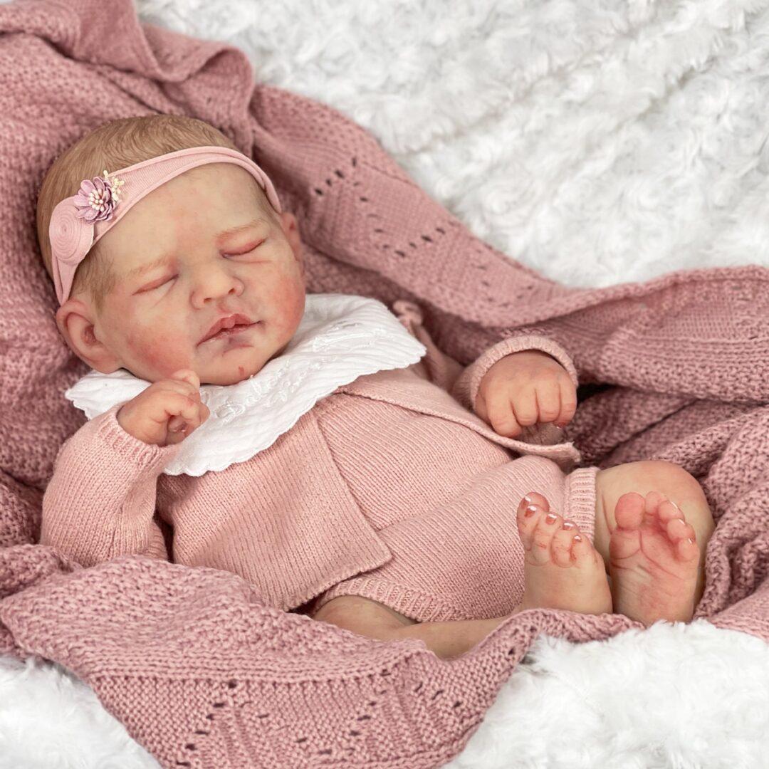 Valentina Full Bodied Silicone Baby1-min (1)