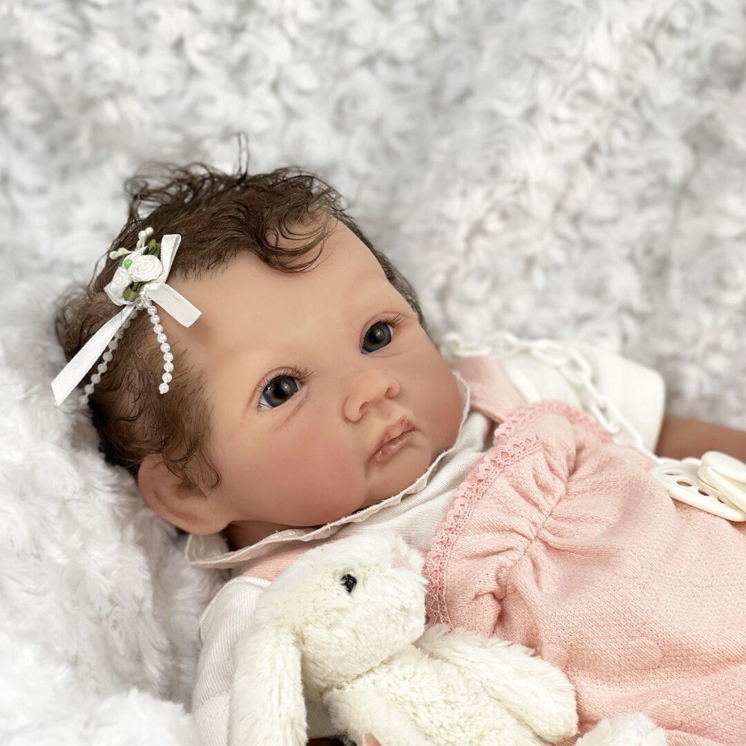 Elizabeth Partial Silicone Baby-min