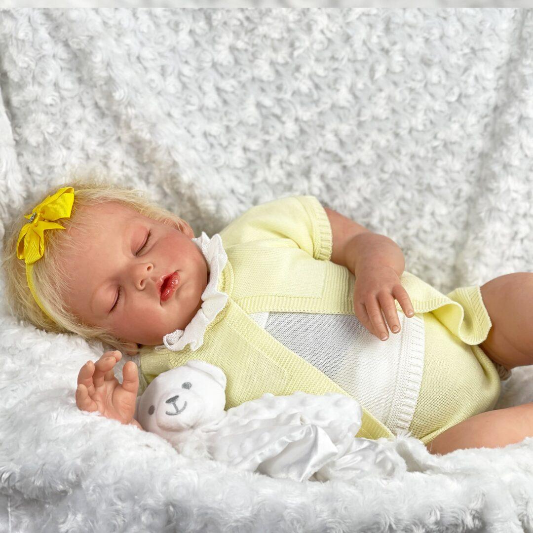 Arianna Asleep reborn-min
