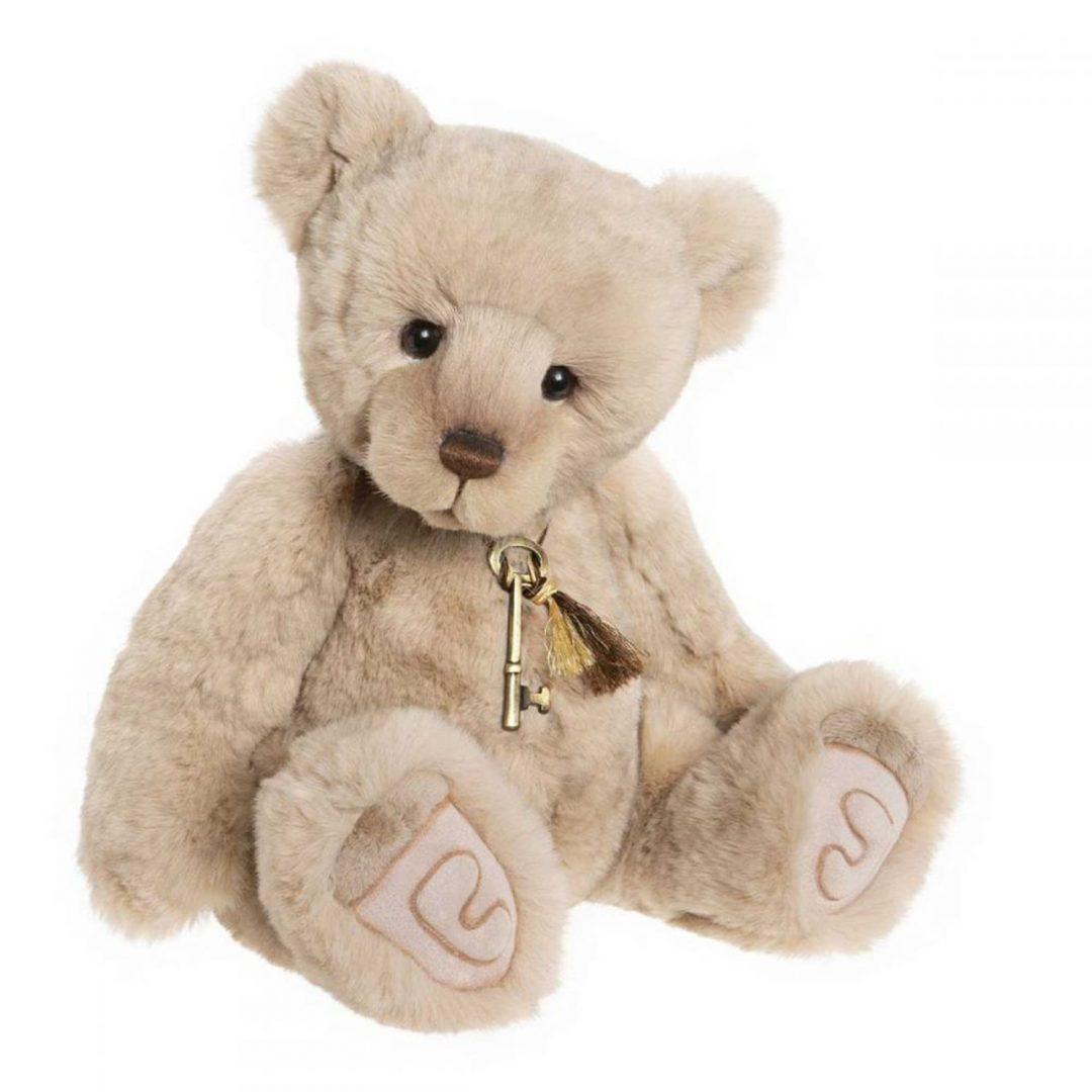 Loveydovey Charlie Bear Mary Shortle 1-min