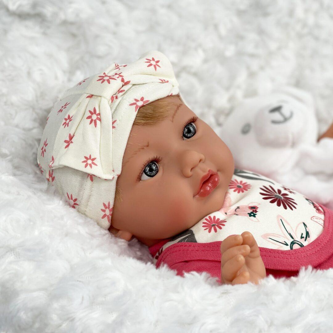 Oona Baby Doll. 2-min