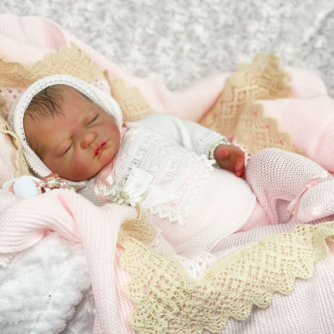 Lucinda Luxe Collection Reborn baby.-min