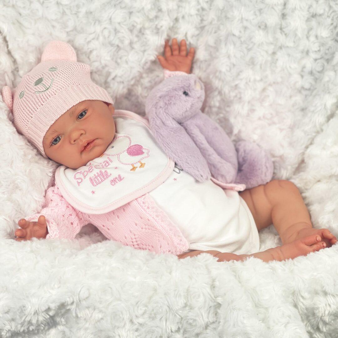 Dina reborn Baby.jpg 2-min