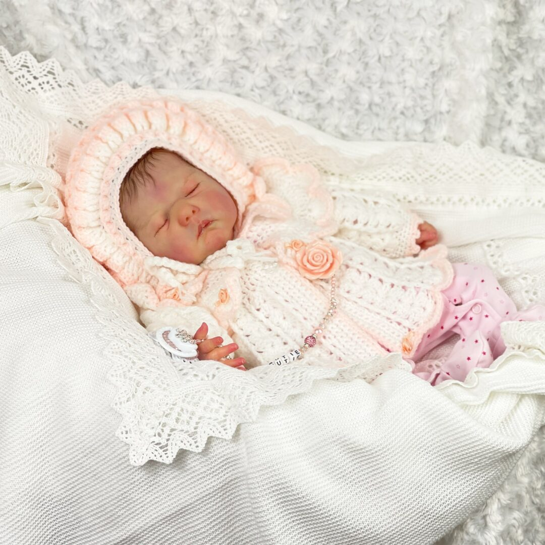Lia Luxe Reborn Baby-min
