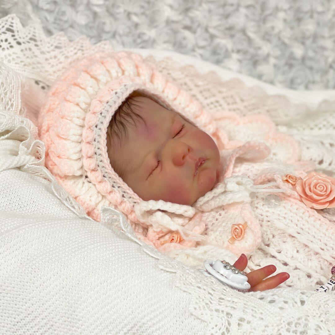 Lia Luxe Reborn Baby.jpg 1-min