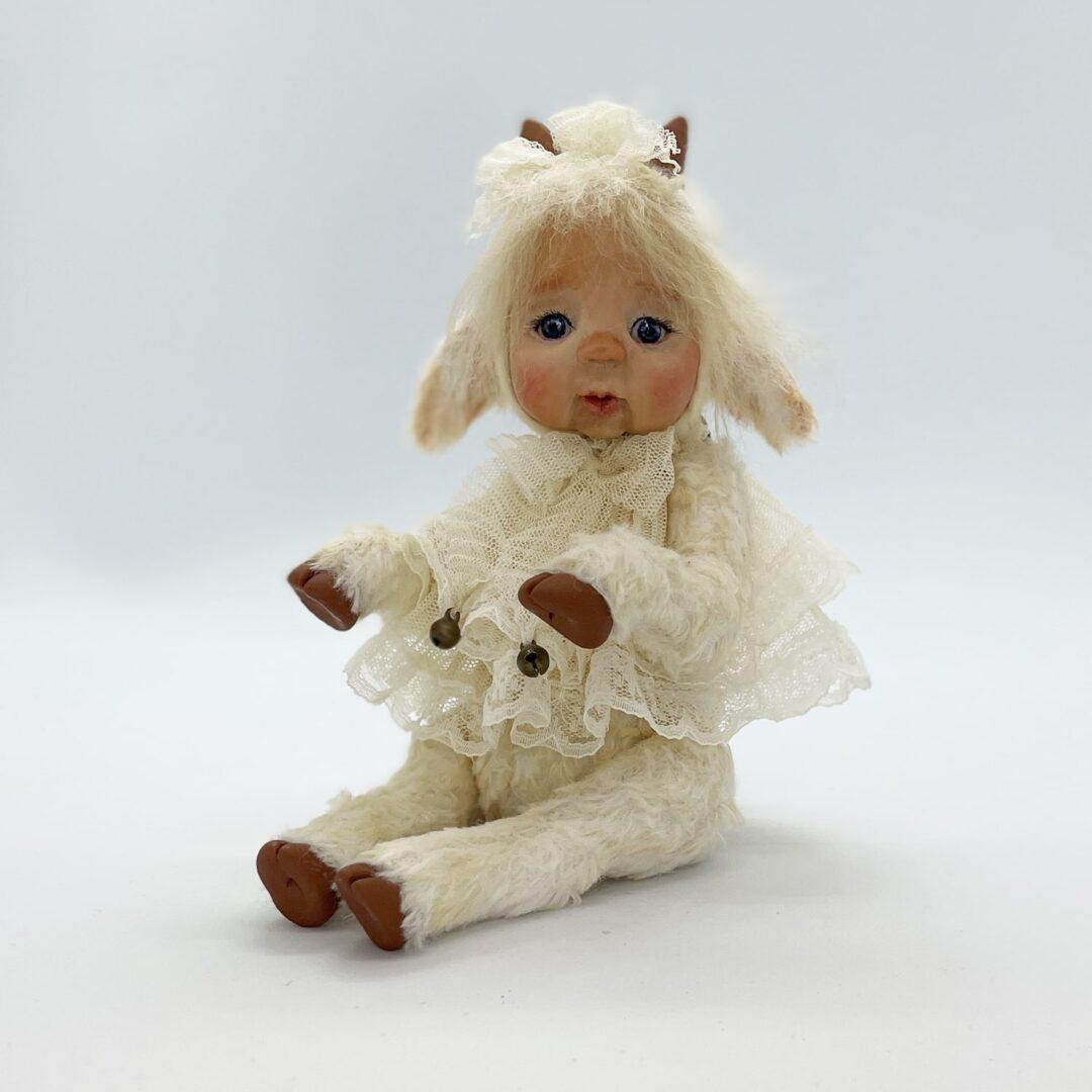 Little Lambie-min