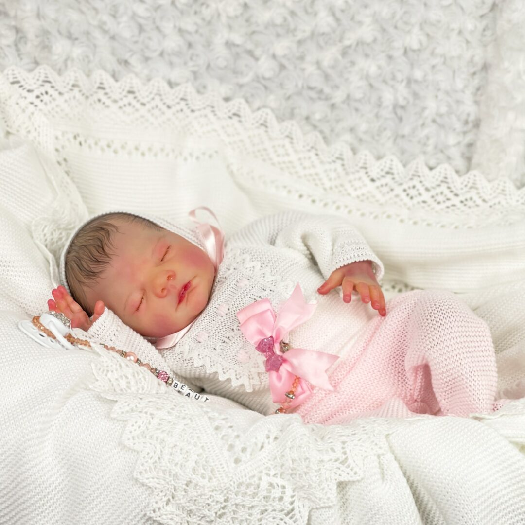 Pippin Luxe Reborn Baby.jpg 1-min