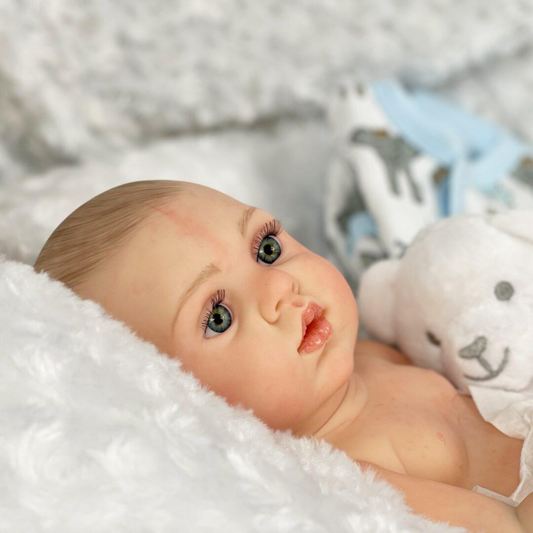 LEWIS Reborn Baby .jpg 1-min