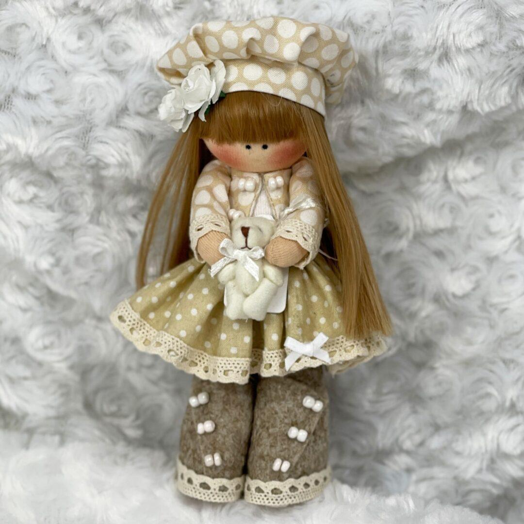 Jasmine Cloth Artist Doll-min